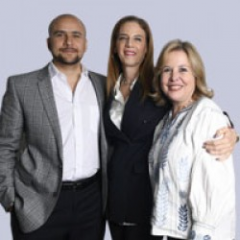 Dra. Ruth, Dra. Rocío y Dr. Pepe
