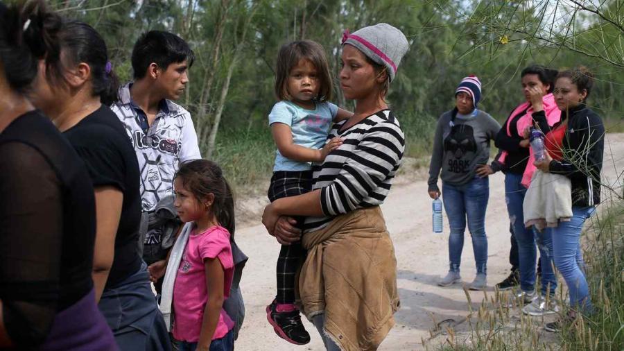 ¡Bienvenidos los reencuentros! EU reunirá a familias de migrantes separados