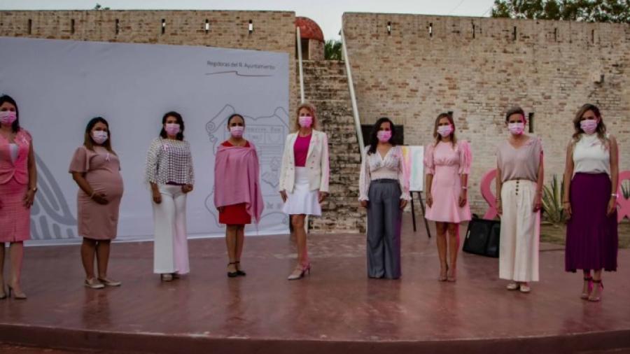 Integrantes del Cabildo de Matamoros sensibilizan para prevenir cáncer de mama
