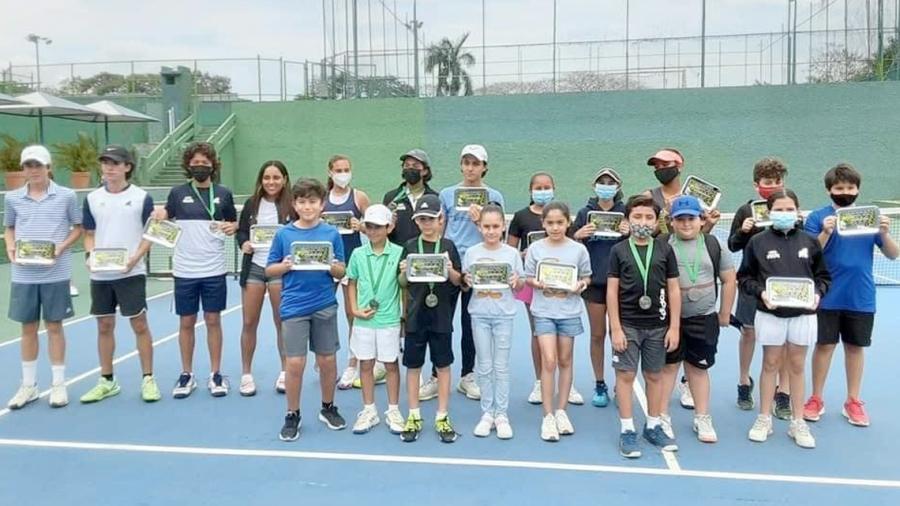 Tenistas de Nuevo Laredo consiguen su pase a Juegos de la CONADE 2021