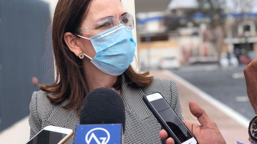 Pese a falta de vacunas, hospitales privados siguen atendiendo pacientes covid