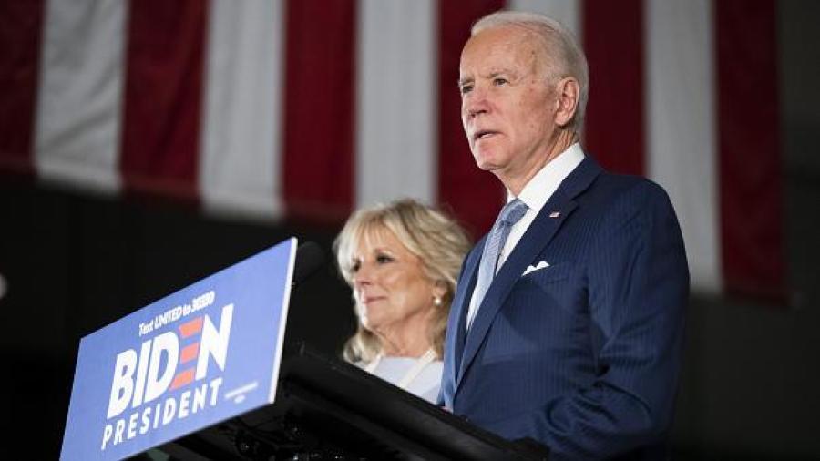 Joe Biden emite voto anticipado en Delaware