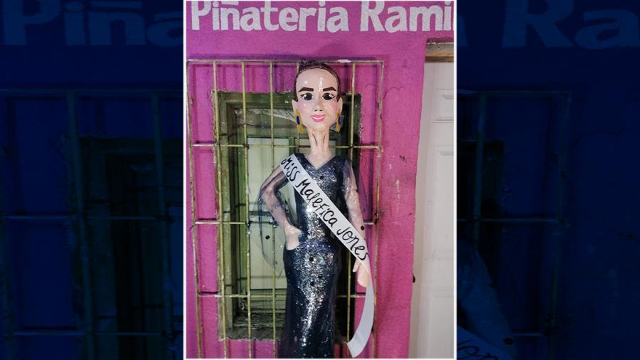 "Piñatería Ramírez crea ""Miss Maléfica"" en honor a Lupita Jones"