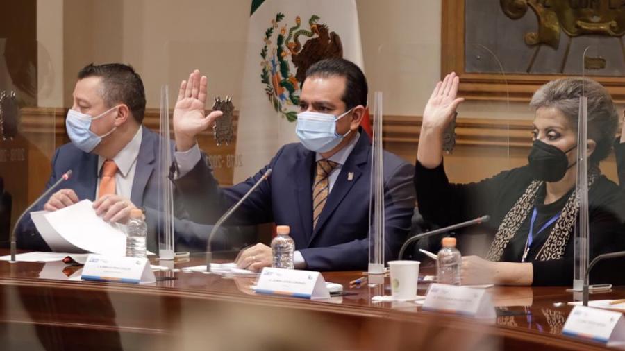 Rinde protesta nuevo regidor y solicitan licencia tres en Nuevo Laredo