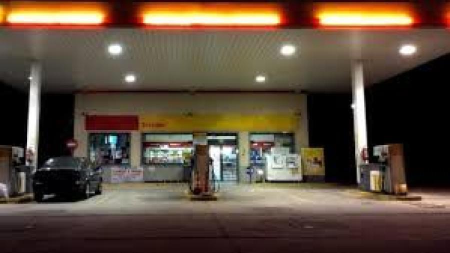 Cárcel a ex empleada por robar cigarrillos de la gasolinera en la que trabajaba