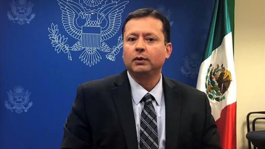 Ni de compras, ni de paseos, ni de visita pide Edgar Ramírez, Embajada de EU en México