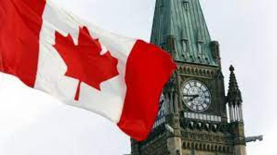 Solicitarán pasaporte de vacunas a viajeros en Canadá
