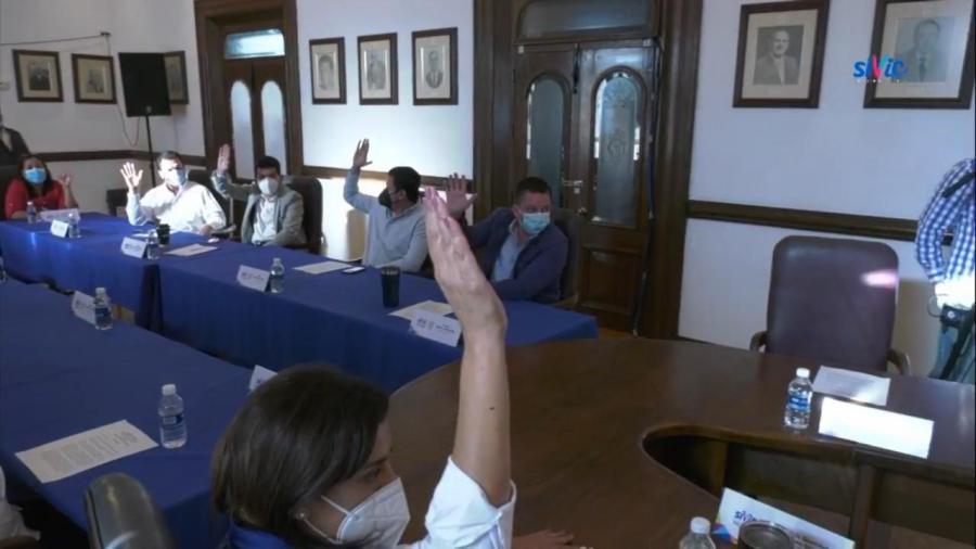 Aprueban licencia de Xico, queda Edgar Valdés como interino hasta que Congreso decida