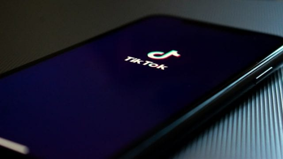 """TikTok asegura que no planea """"ir a ningún sitio"""""""