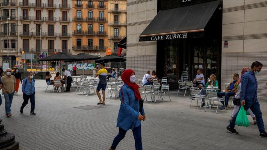 España reporta segundo día consecutivo con solo una muerte por COVID-19