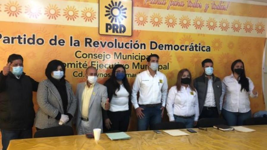 Presenta PRD a pre-candidatos militantes