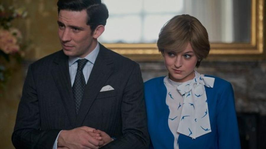 """Gobierno Británico pide a Netflix aclarar que """"The Crown"""" es ficción"""