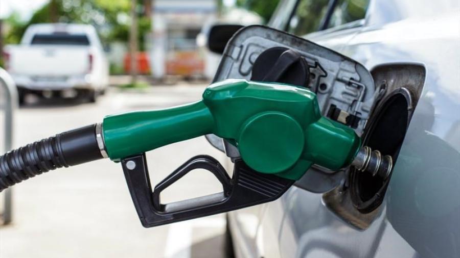 California anuncia prohibición de venta de vehículos con gasolina en 2035