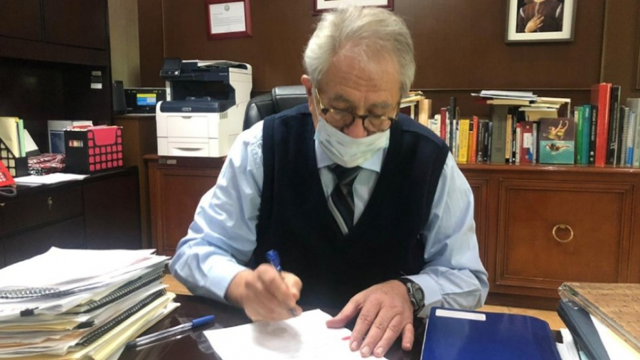 México firma convenio con Pfizer para la adquisición de vacunas contra COVID-19