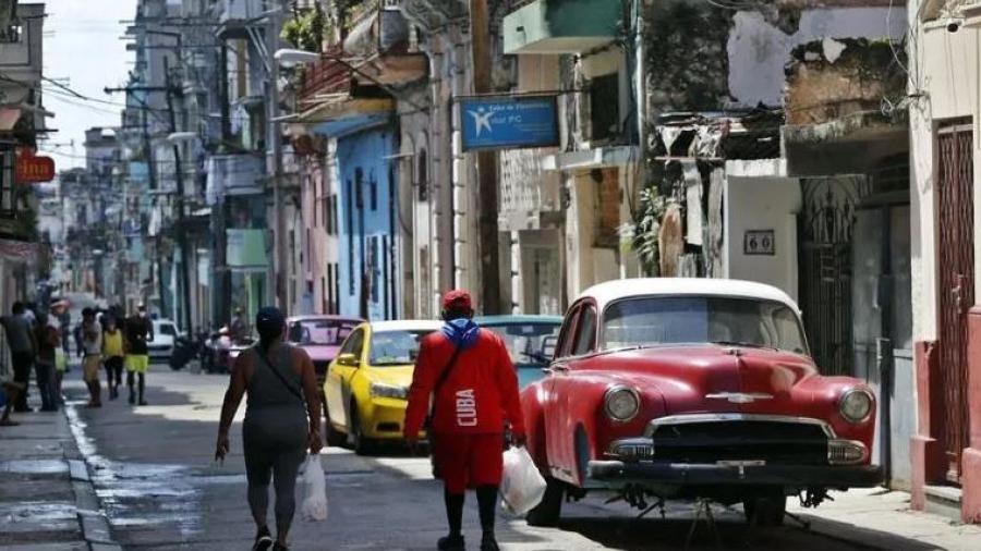 Prohíbe EU huéspedes estadounidenses en hoteles de Cuba