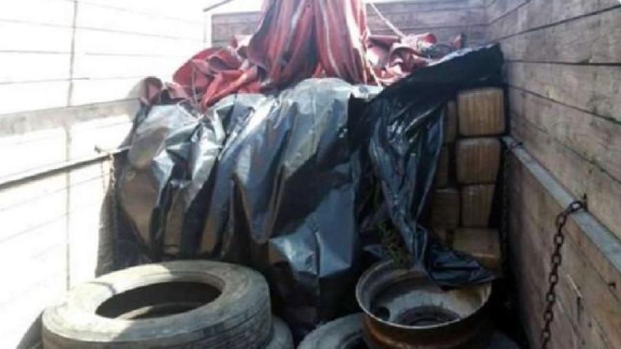 Guardia Nacional decomisa mil 500 kilos de marihuana en la carretera a Saltillo