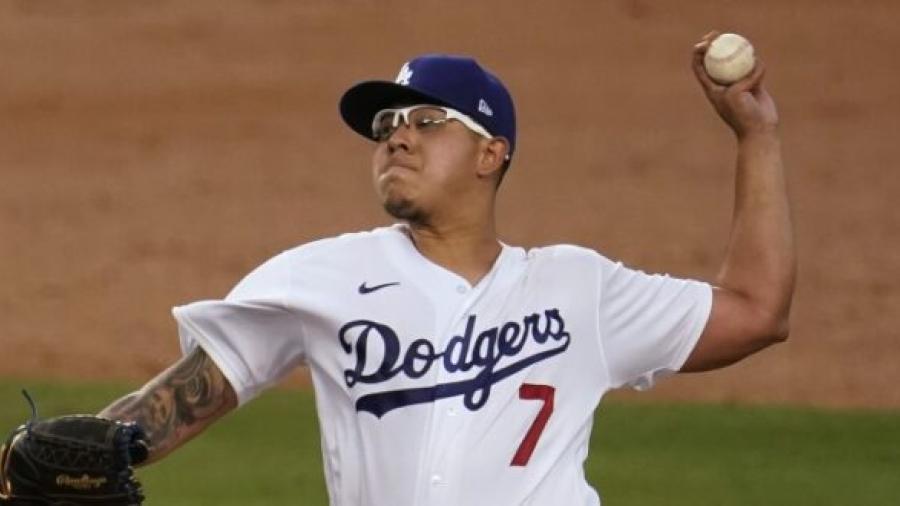 Julio Urías firma contrato millonario con Dodgers para 2021