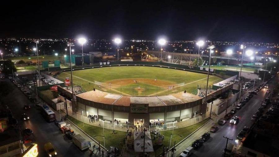 Vuelven los Tecolotes a la actividad en el parque de beisbol 'La Junta'