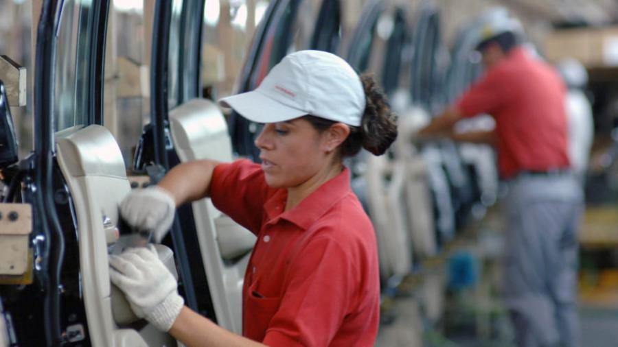 Recupera México 92 mil 390 empleos formales en agosto: IMSS