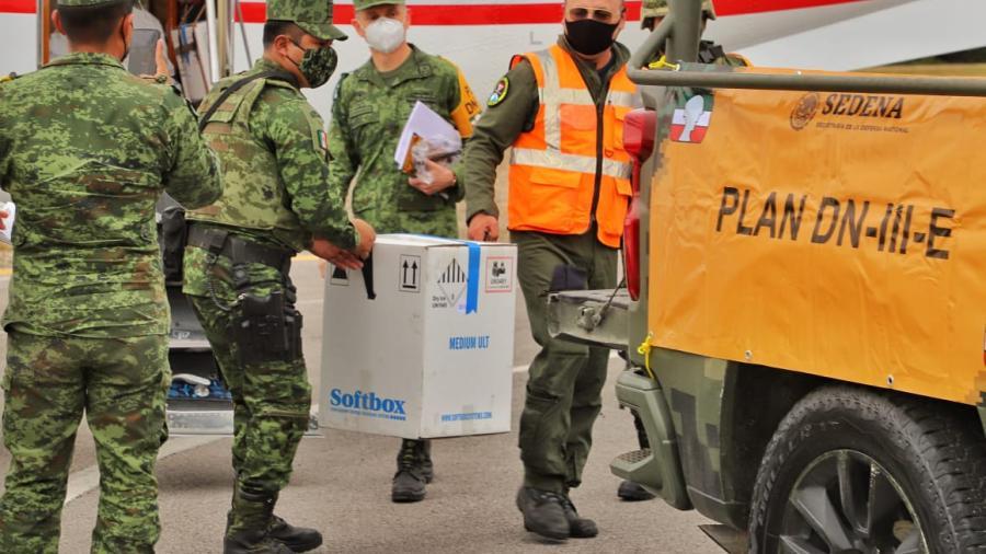 Llegan primeras vacunas COVID-19 a Tampico, comienza su distribución en todo el estado