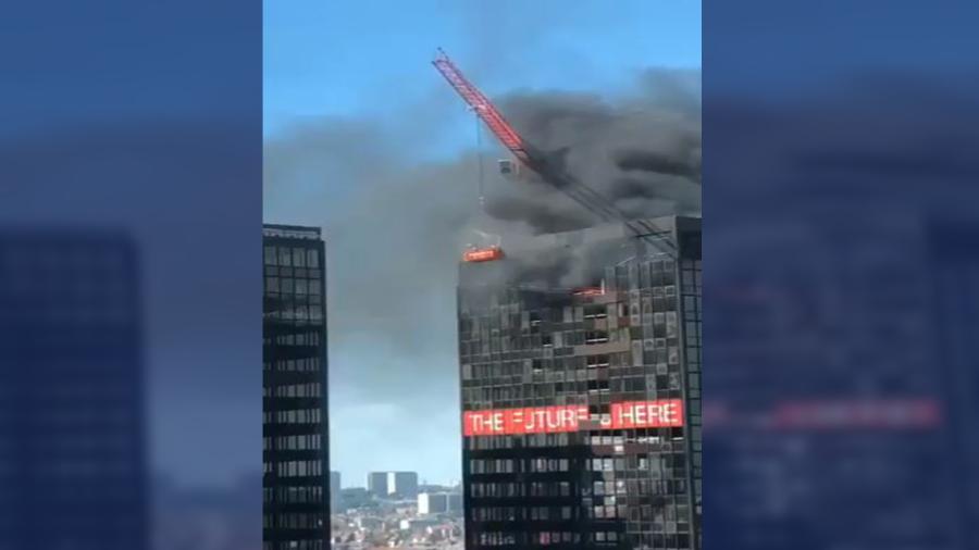 Se registra incendio en la torre World Trade Center en Bruselas, Bélgica
