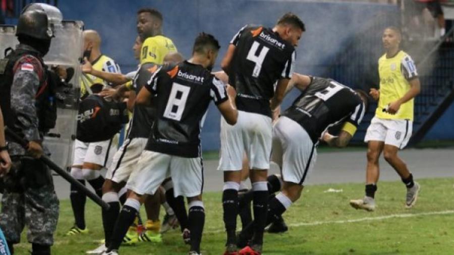 Escándalo entre policías y jugadores en la tercera división brasileña