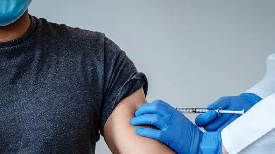 Llegan vacunas Covid para inmunizar a personal de salud