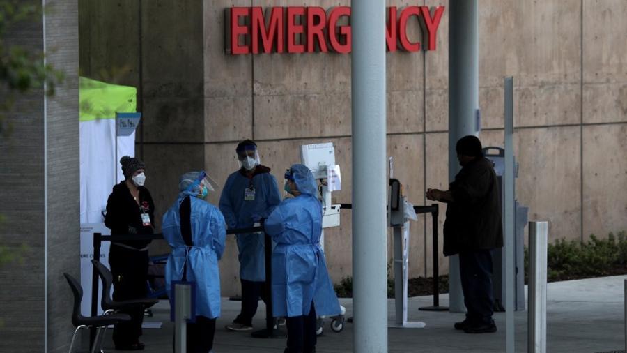 Estados Unidos suma 2.5 millones de contagios de COVID-19