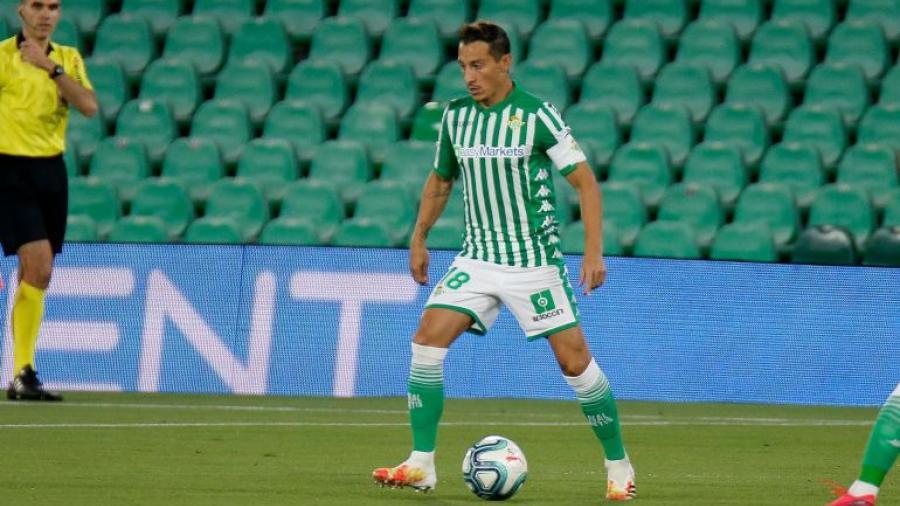Andrés Guardado supera el COVID-19