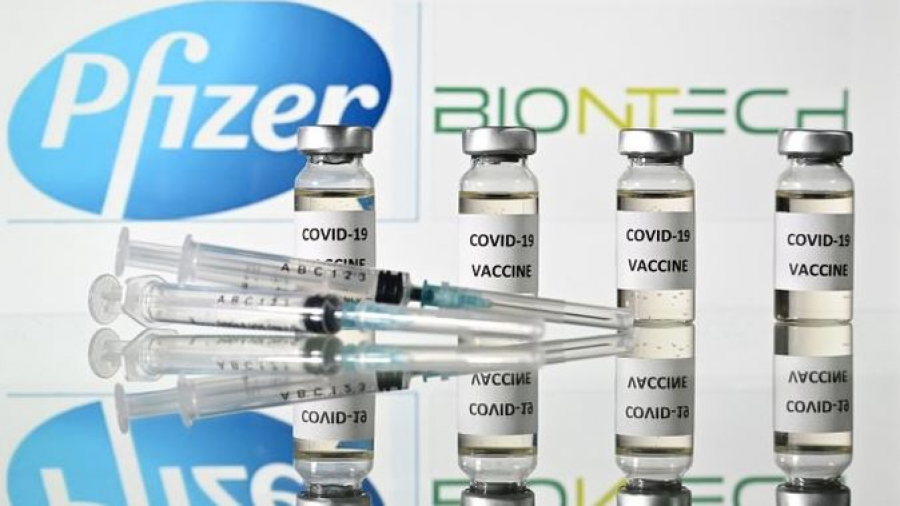 Reino Unido es el primer país en el mundo en aprobar la vacuna Pfizer/BioNTech contra COVID-19
