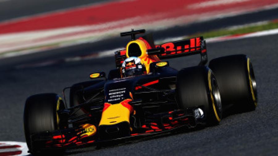 Red Bull quiere hacerse de los otores Honda pero con distinto nombre