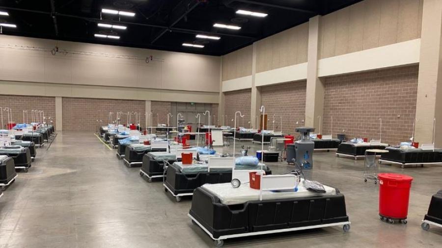 Envían suministros médicos contra COVID-19 al centro de convenciones de McAllen