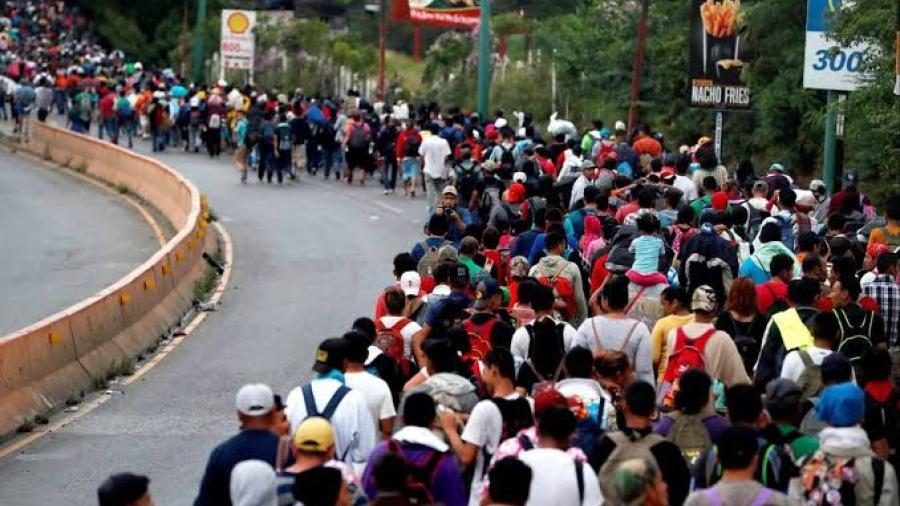 Texas recibe nueva caravana de migrantes hondureños
